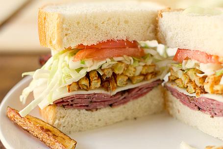 Primanti-sandwich-1-550_medium