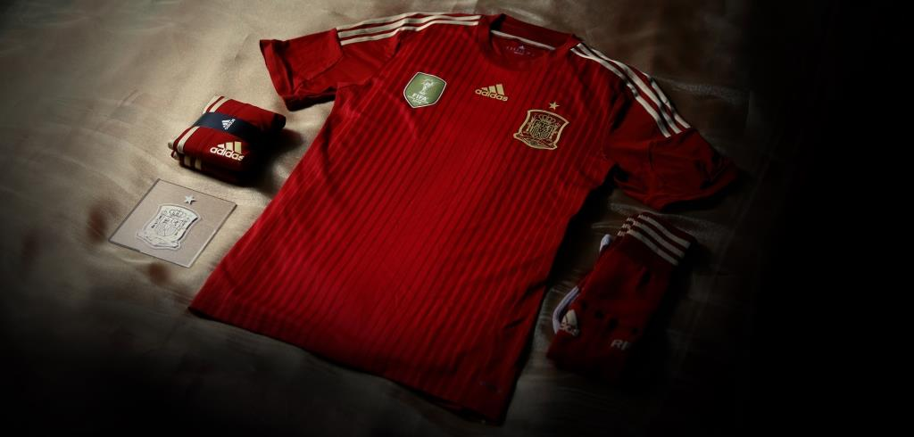 Adidas_spain_world_cup_home_kit