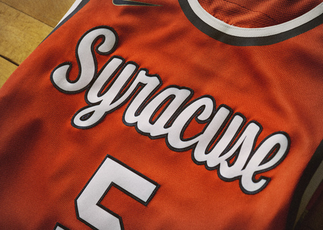 Nike_2014_ncaa_bball_kits_cuseorng_det_1_v_detail_medium
