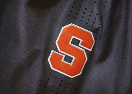 Nike_2014_ncaa_bball_kits_cuseblu_det_3_v_detail_medium