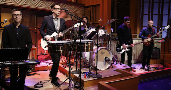 Lnsm_armisen_and_band