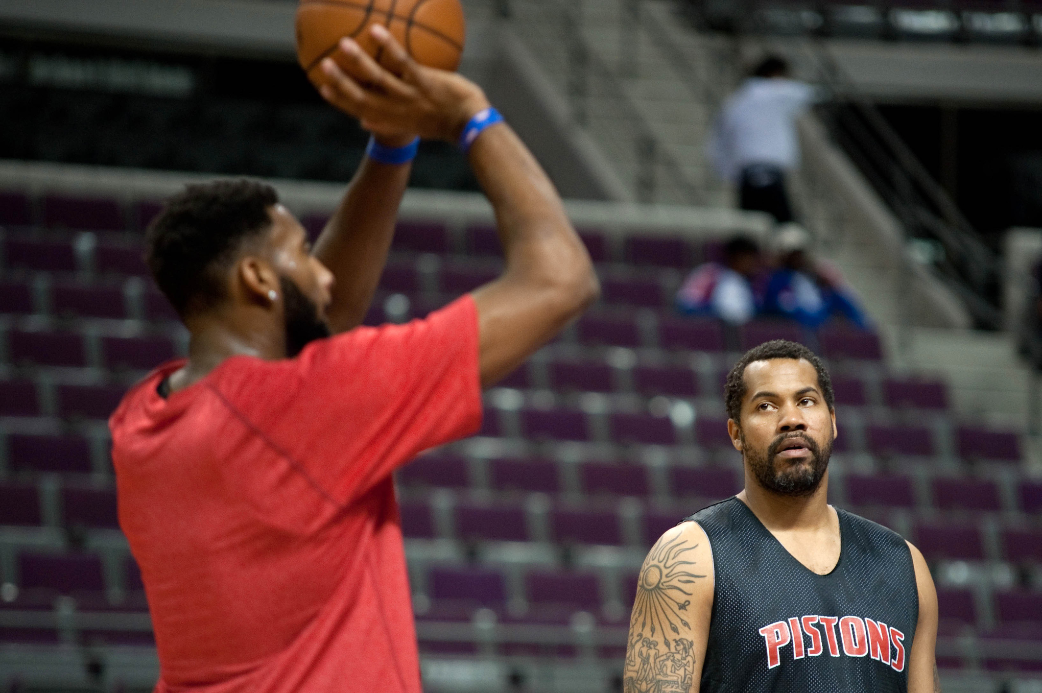 Suit don t lie Rasheed Wallace makes his voice heard as assistant