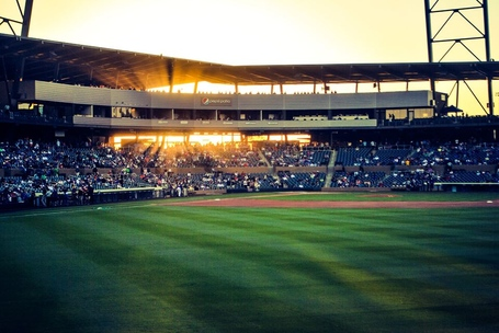 Salt_river_fields_light_breaking_through_medium