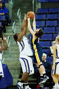 The play of University of Washington center Regina Rogers figures to play a prominent role in this weekend's Husky Classic tournament. Photo via jlindstr.smugmug.com