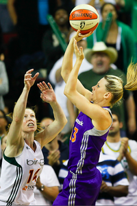 Penny Taylor scored 11 of the Phoenix Mercury's 17 final points to carry her team to a thrilling - or heartbreaking - Game 3 victory against the Seattle Storm at KeyArena last night. Photo by Kailas Images.