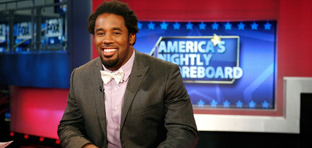 NEW YORK, NY - JULY 21:  Dhani Jones visits FOX Business Network's Amercia's Nightly Scoreboard at FOX Studios on July 21, 2011 in New York City.  (Photo by Andy Kropa/Getty Images)