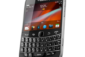 RIM BlackBerry Bold 9900