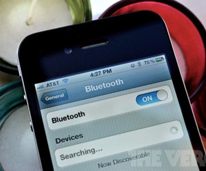 iphone 4 bluetooth