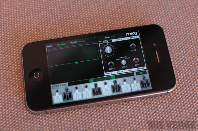 iPhone Animoog