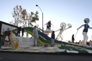 Kinect Rose Parade float