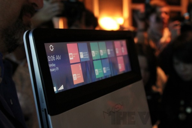Gallery Photo: Intel Nikiski hands-on pictures 