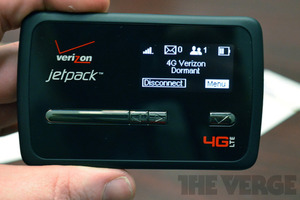 Gallery Photo: Novatel Jetpack MiFi 4620L hands-on images