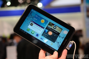 Gallery Photo: Samsung Galaxy Tab 7.0 and 10.1 hands-on pictures