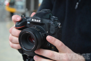 Gallery Photo: Nikon D4 hands-on hardware photos