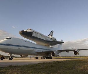 NASA Discovery 747