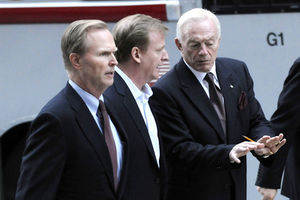 Jerry Jones (R) explains to John Mara (L) and Roger Goodell (C) why they are going to regret messin' with him.