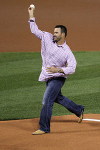 The only pitch Jeff Suppan threw in an MLB stadium in 2011 was in the NLCS.