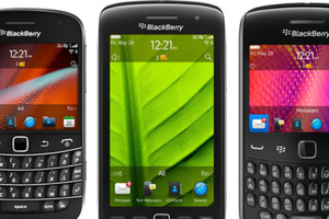 BlackBerry Bold 9900, Torch 9860, and Curve 9360