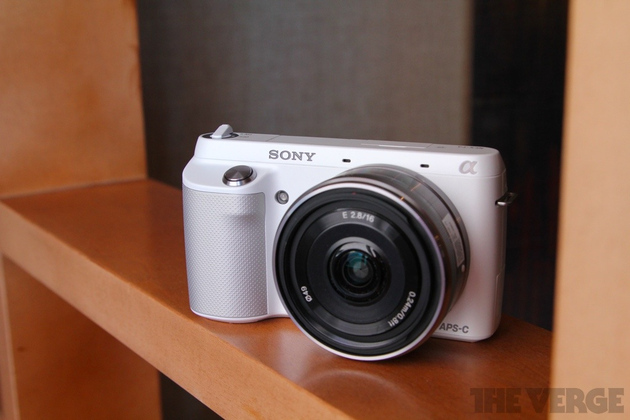 Gallery Photo: Sony NEX-F3 hands-on pictures