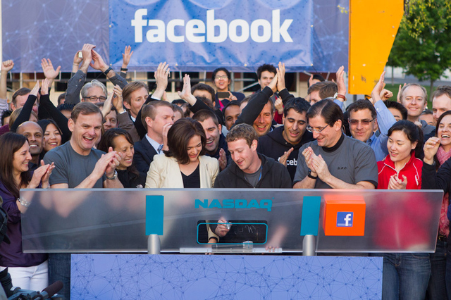 Facebook-zuck-nasdaq-bell_large_verge_medium_landscape