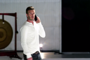 david beckham talking on a galaxy note