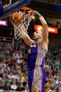 See? Marcin CAN dunk! He's also pretty good at that pick-and-roll thingy.