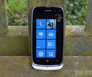 Nokia Lumia 610 hero (1024px)