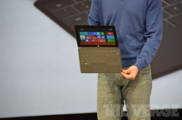 Gallery Photo: Microsoft Surface multitouch keyboard liveblog photos