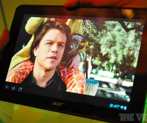 Gallery Photo: Acer Iconia Tab A700 hands-on photo