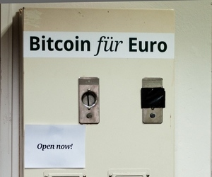 Bitcoin vending machine