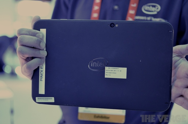Gallery Photo: Intel Clover Trail Tablet