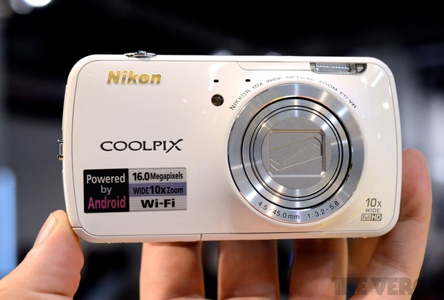 Nikon Coolpix S800c