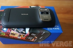 Nokia 808 PureView