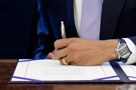 Bill signing (Public Domain)