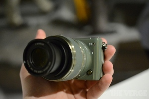 Gallery Photo: Nikon J3 and S1 cameras hands-on