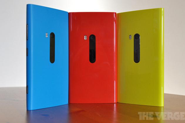Nokia Lumia 920 Windows Phone 8 stock back