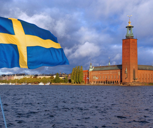 Swedish flag (Shutterstock)