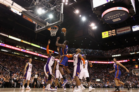 Not one Suns player off their feet. All five just watching the ball. (Photo by Christian Petersen/Getty Images)