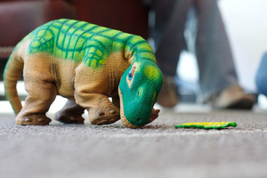Pleo (wikimedia commons)