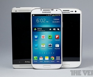 Samsung Galaxy S4 vs. HTC One and GS III (875px)