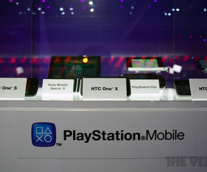 Gallery Photo: HTC One series with PlayStation Mobile
