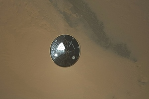 Curiosity rover heat shield ejected (Credit: NASA/JPL-Caltech/MSSS)