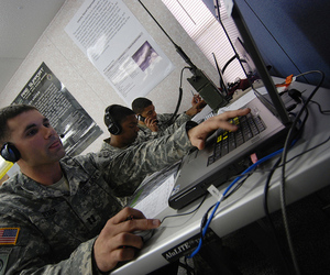 army computer (us army flickr)