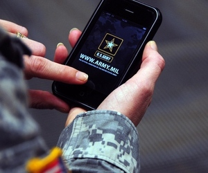 Army iPhone app (Credit: US Army Flickr)