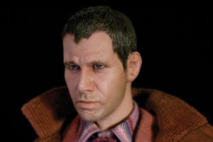 Blade Runner figure (GEEK MAGAZINE)