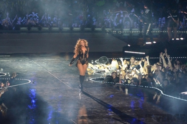 Beyoncé releases surprise new album exclusively on iTunes