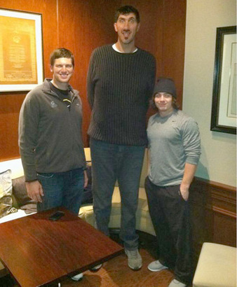 For_no_real_reason_heres_danny_woodhead_with_gheorghe_muresan