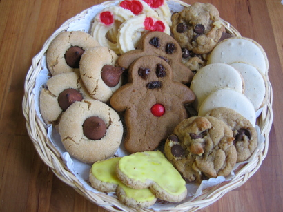Christmas_cookies_plateful_jpg