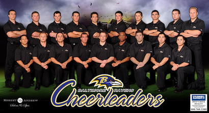 I680817_cheerleaders