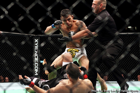 Dos_anjos_pulls_off_upset_in_style_at_ufc_sotiropoulos_knocked_silly_in_the_first_medium